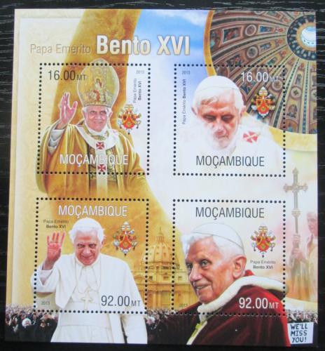 Poštovní známky Mosambik 2013 Papež Benedikt XVI. Mi# 6747-50 Kat 13€