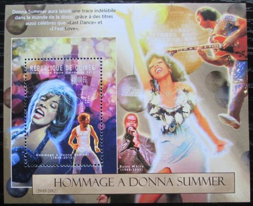 Poštovní známka Guinea 2012 Donna Summer, zpìvaèka Mi# Block 2130 Kat 16€