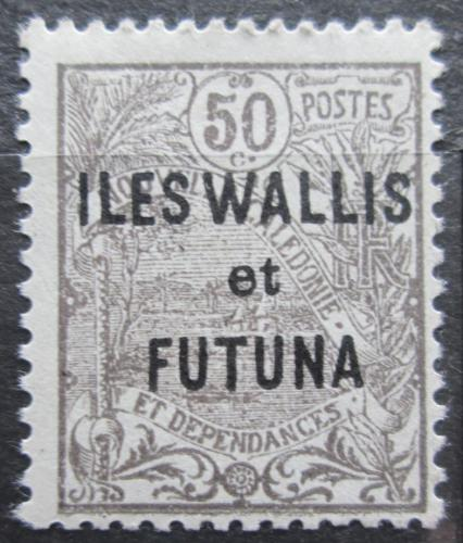 Poštovní známka Wallis a Futuna 1925 Vesnice pøetisk Mi# 26