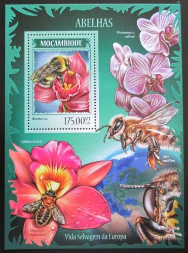 Poštovní známka Mosambik 2014 Vèely Mi# Block 890 Kat 10€