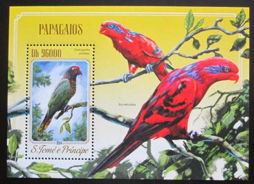 Poštovní známka Svatý Tomáš 2014 Papoušci Mi# Block 1020 Kat 10€