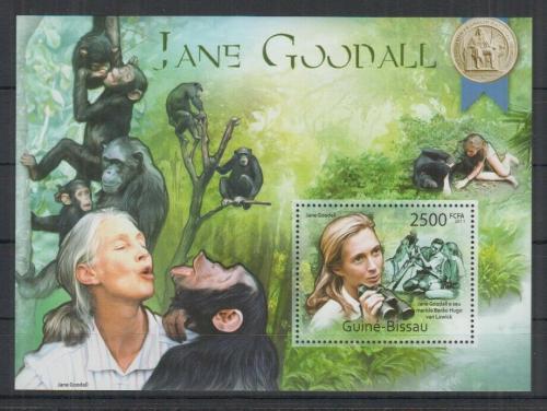 Poštovní známka Guinea-Bissau 2011 Jane Goodall a šimpanzi Mi# Block 975 Kat 10€