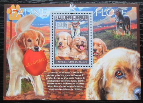 Poštovní známka Guinea 2011 Psi Mi# Block 1948 Kat 18€