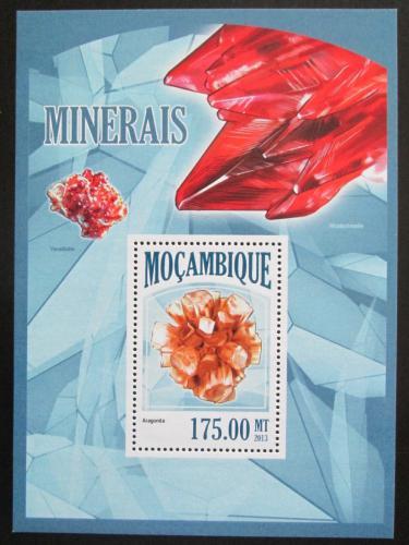 Poštovní známka Mosambik 2013 Minerály Mi# Block 798 Kat 10€