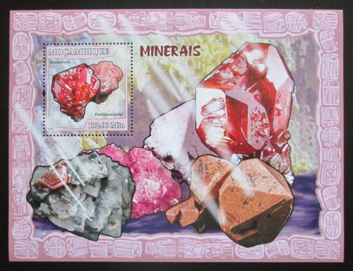 Poštovní známka Mosambik 2007 Minerály Mi# Block 207 Kat 10€