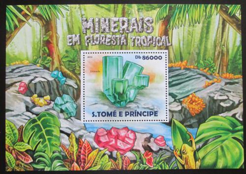 Poštovní známka Svatý Tomáš 2015 Minerály Mi# Block 1072 Kat 8.50€