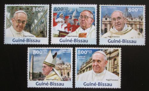 Poštovní známky Guinea-Bissau 2013 Papež František Mi# 6632-36 Kat 16€