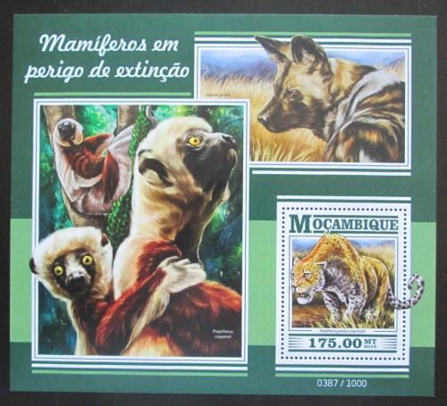 Poštovní známka Mosambik 2015 Ohrožená fauna Mi# Block 1077 Kat 10€