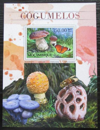 Poštovní známka Mosambik 2015 Houby Mi# Block 1218 Kat 20€
