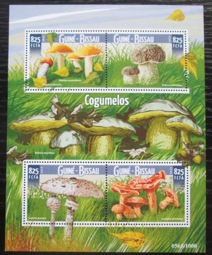 Poštovní známky Guinea-Bissau 2015 Houby Mi# 8222-25 Kat 12.50€