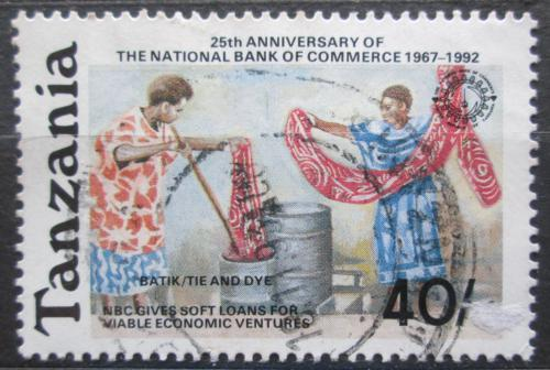 Poštovní známka Tanzánie 1992 Ženy barvící látku Mi# 1245