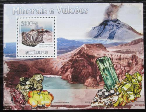 Poštovní známka Guinea-Bissau 2009 Minerály a sopky Mi# Block 723 Kat 8€