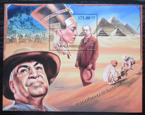 Poštovní známka Mosambik 2012 Královna Nefertiti Mi# Block 596 Kat 10€