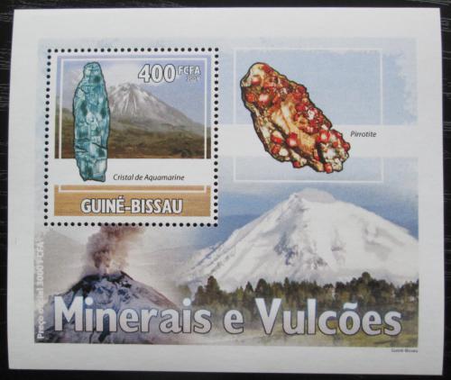 Poštovní známka Guinea-Bissau 2009 Minerály a sopky DELUXE Mi# 4432 Bogen