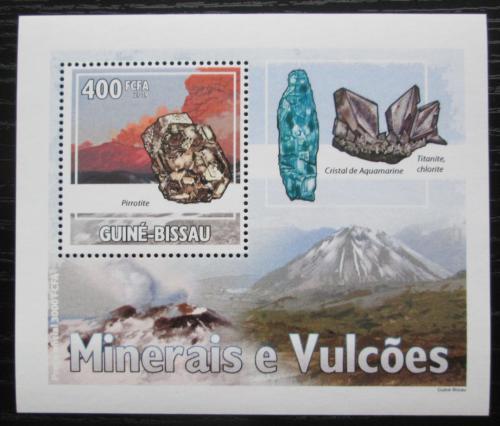 Poštovní známka Guinea-Bissau 2009 Minerály a sopky DELUXE Mi# 4436 Bogen