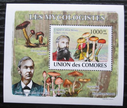 Poštovní známka Komory 2009 Houby a mykologové DELUXE Mi# 2056 Block