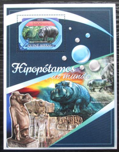 Poštovní známka Guinea-Bissau 2016 Hroši Mi# Block 1545 Kat 11€