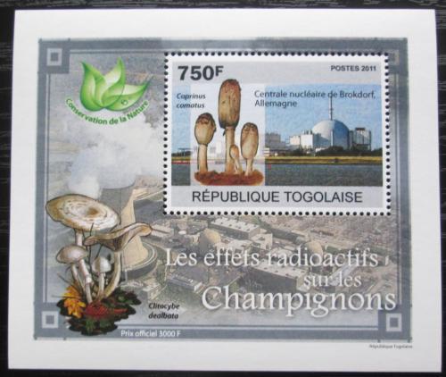 Poštovní známka Togo 2011 Radioaktivní houby DELUXE Mi# 3800 Block