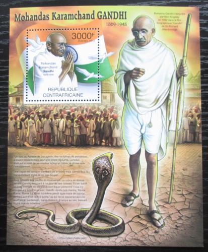 Poštovní známka SAR 2012 Mahátma Gándhí Mi# Block 958 Kat 14€