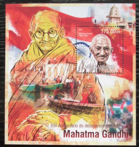 Poštovní známka Mosambik 2013 Mahátma Gándhí Mi# Block 787 Kat 10€