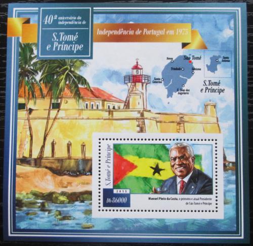 Poštovní známka Svatý Tomáš 2015 Nezávislost, 40. výroèí Mi# Block 1067 Kat 8.50€