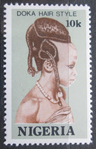 Poštovní známka Nigérie 1987 Tradièní úèes Mi# 507