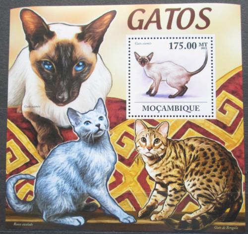 Poštovní známka Mosambik 2011 Koèky Mi# Block 567 Kat 10€