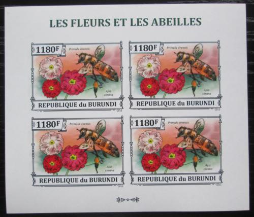 Poštovní známky Burundi 2013 Vèely a kvìtiny neperf. Mi# 3289 B Bogen