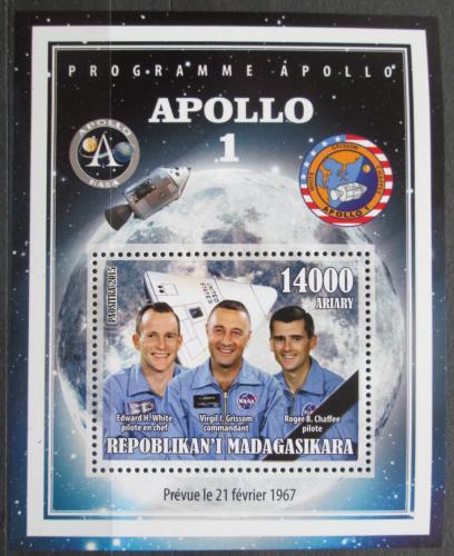 Poštovní známka Madagaskar 2015 Apollo 1, prùzkum Mìsíce Mi# N/N