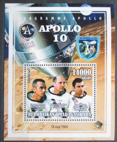 Poštovní známka Madagaskar 2015 Apollo 10, prùzkum Mìsíce Mi# N/N
