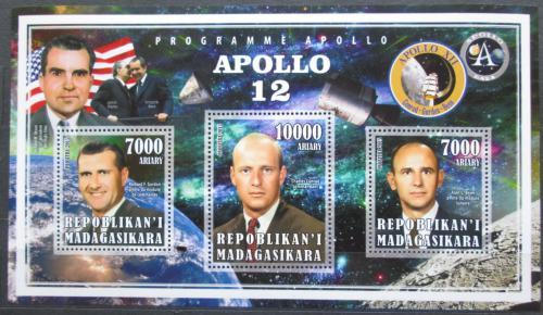 Poštovní známky Madagaskar 2015 Apollo 12, prùzkum Mìsíce Mi# N/N