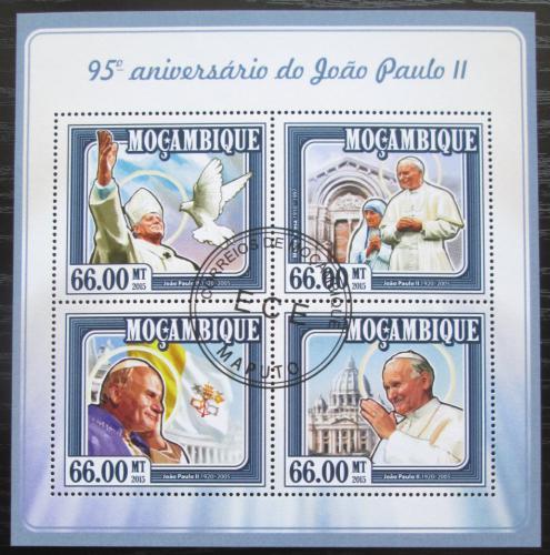 Poštovní známky Mosambik 2015 Papež Jan Pavel II. Mi# 7770-73 Bogen Kat 15€