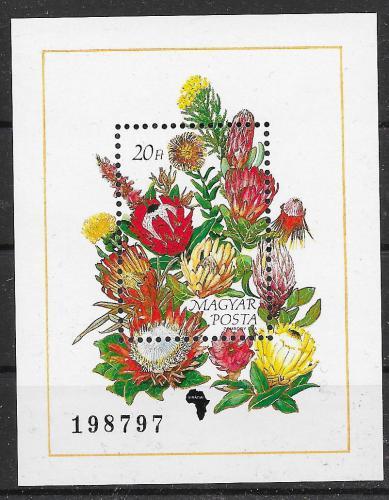 Poštovní známka Maïarsko 1990 Kvìtiny Mi# Block 208 Kat 6€
