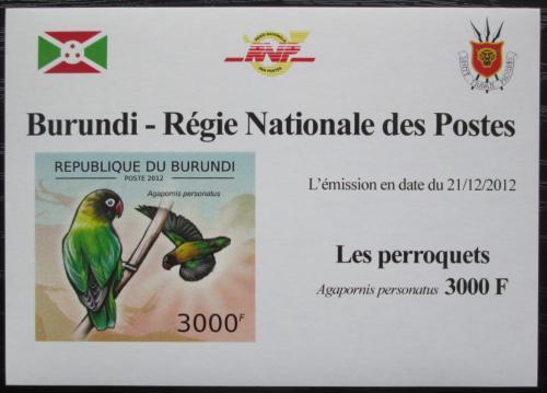 Poštovní známka Burundi 2013 Papoušík škraboškový neperf. DELUXE Mi# 2816 B Block