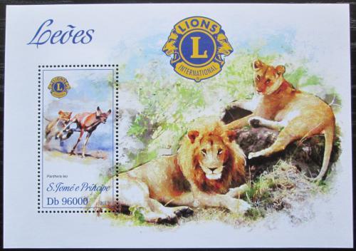Poštovní známka Svatý Tomáš 2013 Lvi Mi# Block 918 Kat 10€
