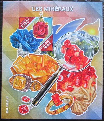 Poštovní známka Niger 2015 Minerály Mi# Block 475 Kat 13€