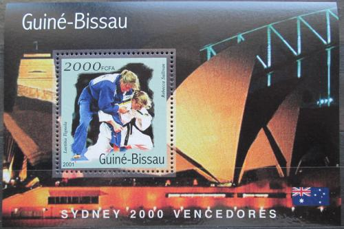 Poštovní známka Guinea-Bissau 2001 LOH Sydney, judo Mi# Block 310 Kat 8.50€