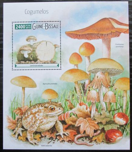 Poštovní známka Guinea-Bissau 2015 Houby Mi# Block 1397 Kat 9€