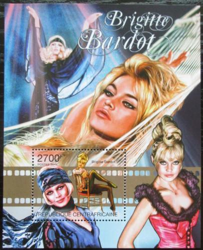 Poštovní známka SAR 2011 Brigitte Bardot, hereèka Mi# Mi# Block 732 Kat 11€