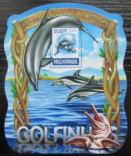 Poštovní známka Mosambik 2015 Delfíni Mi# Block 1028 Kat 10€