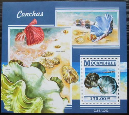 Poštovní známka Mosambik 2015 Mušle Mi# Block 1040 Kat 10€