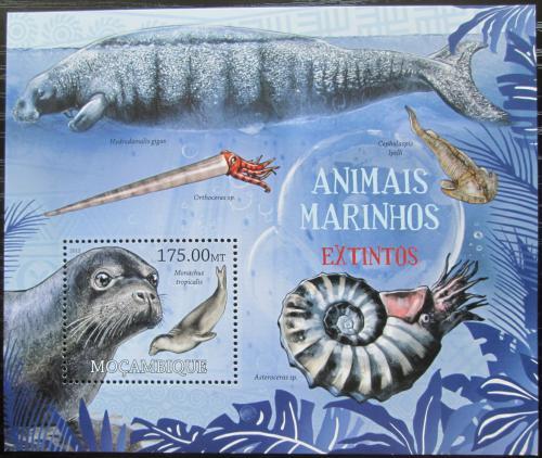 Poštovní známka Mosambik 2012 Vyhynulá moøská fauna Mi# Block 640 Kat 10€