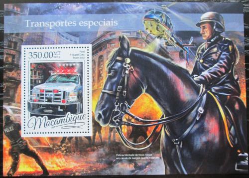 Poštovní známka Mosambik 2016 Záchranáøi Mi# Block 1168 Kat 20€