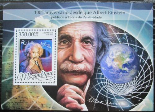 Poštovní známka Mosambik 2016 Albert Einstein Mi# Block 1176 Kat 20€