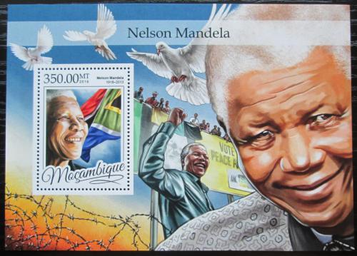 Poštovní známka Mosambik 2016 Nelson Mandela Mi# Block 1178 Kat 20€
