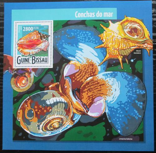 Poštovní známka Guinea-Bissau 2015 Mušle Mi# Block 1382 Kat 11€