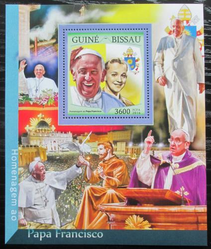 Poštovní známka Guinea-Bissau 2016 Papež František Mi# Block 1505 Kat 13.50€