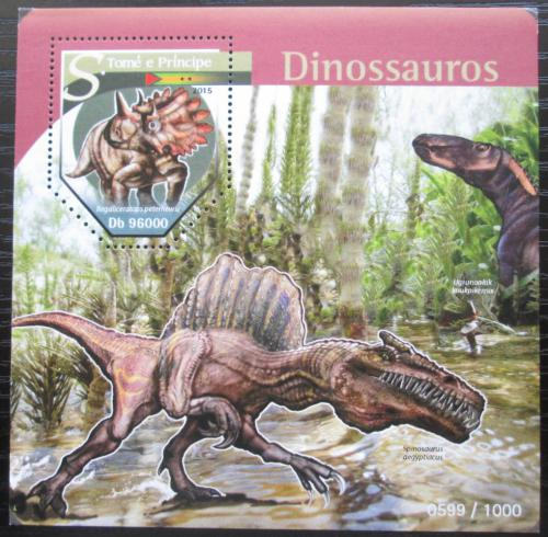 Poštovní známka Svatý Tomáš 2015 Dinosauøi Mi# Block 1133 Kat 10€