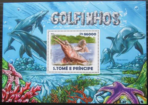 Poštovní známka Svatý Tomáš 2015 Delfíni Mi# Block 1087 Kat 8.50€