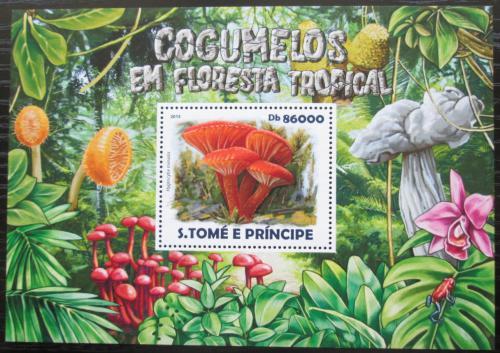 Poštovní známka Svatý Tomáš 2015 Houby Mi# Block 1073 Kat 8.50€